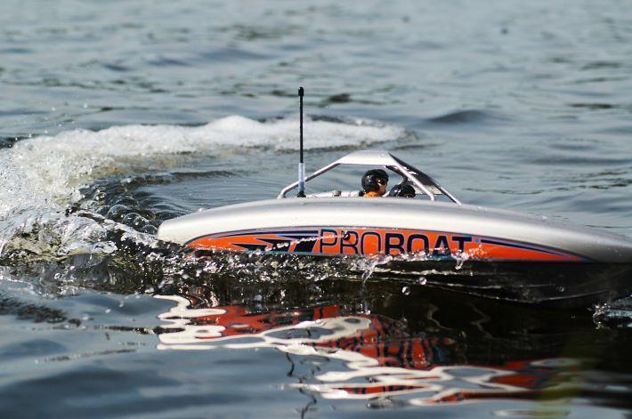 River Jet 243