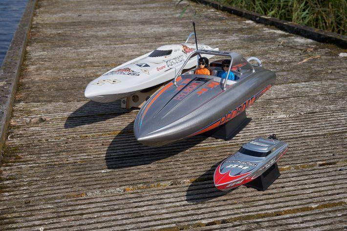 Trio botentest | Carson - Graupner - ProBoat