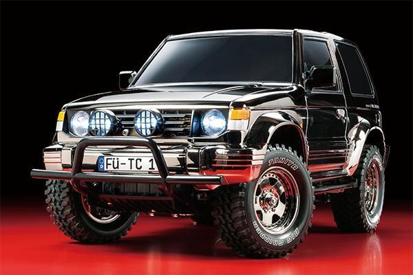 Mitsubishi Pajero Black Metallic CC-01 | Tamiya